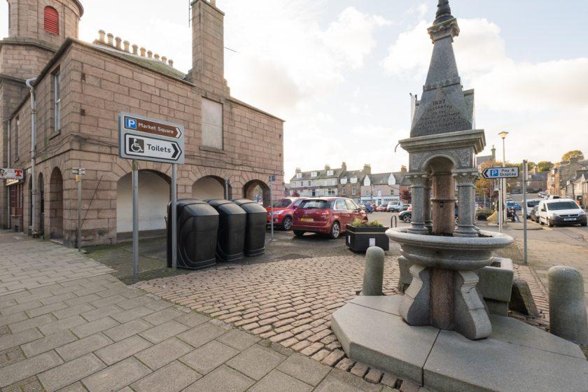 Stonehaven market square north pend with fountain