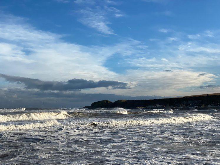 heavy seas in Stonehaven bay